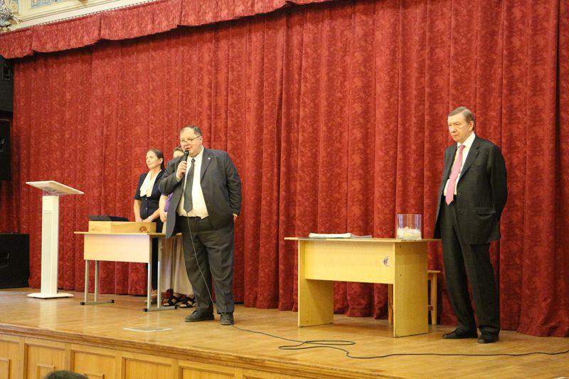 Выпускникам Вечернего отделения МАРХИ вручили дипломы